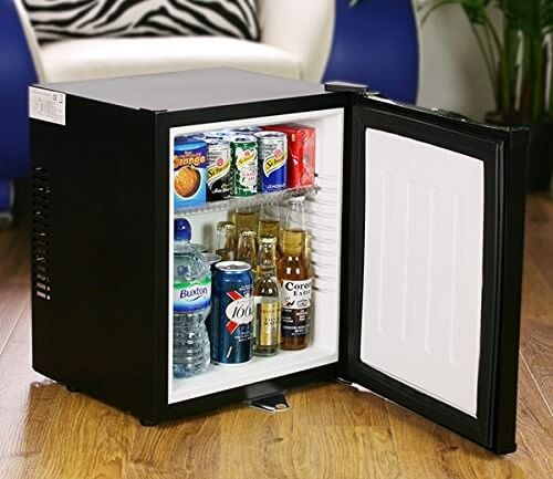 ChillQuiet Silent Mini Fridge - Inside